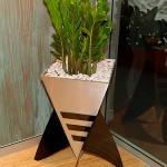 Ther Rocket - Karaka Vertex Planter